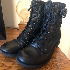 Black boots by Guess size 8.5